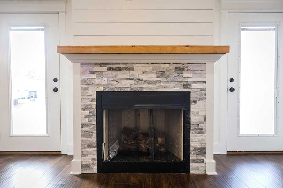 How to Choose Tile for Your Fireplace Remodel